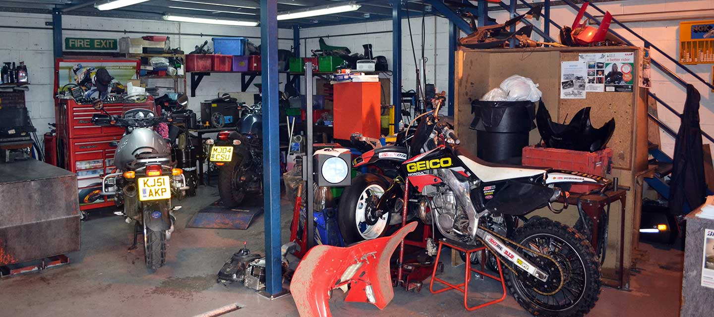 Experienced Motorcycle Specialist Garage in Lincoln