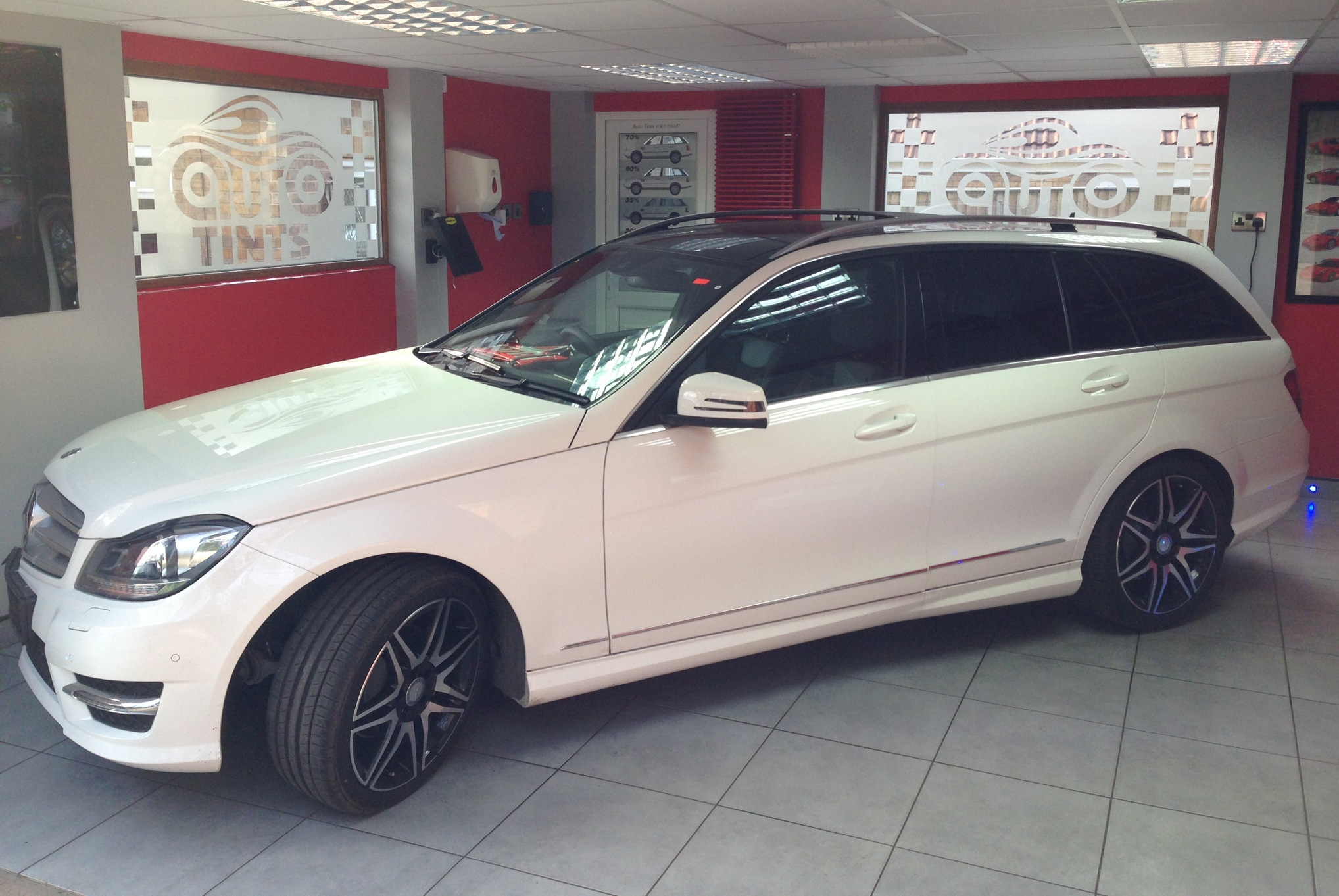 Mercedes e class estate autotints and shadydays for Mercedes benz factory tint